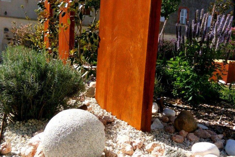 massif-eclairage-annecy-jardin